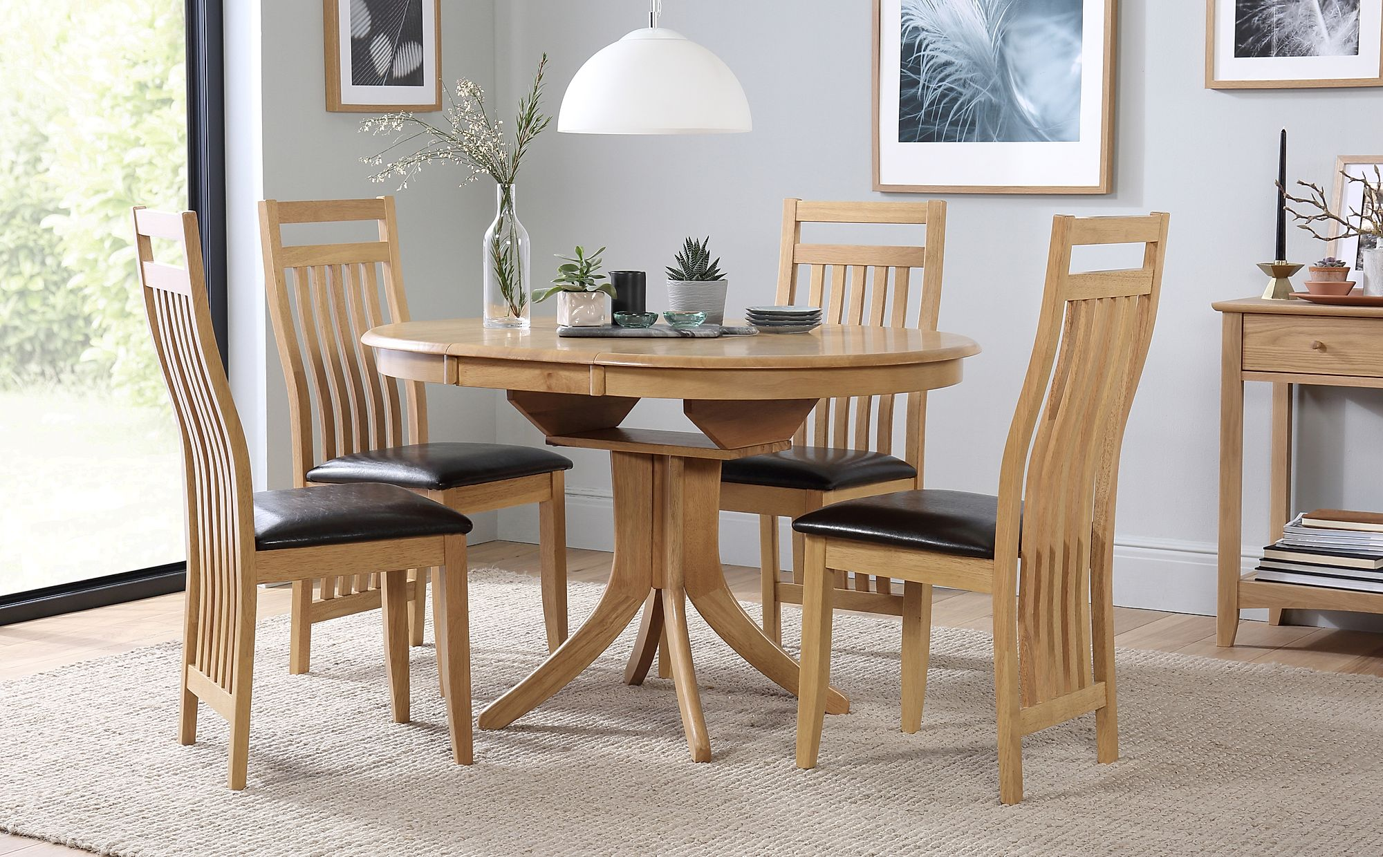 Hudson Round Oak Extending Dining Table with 4 Bali Chairs ...