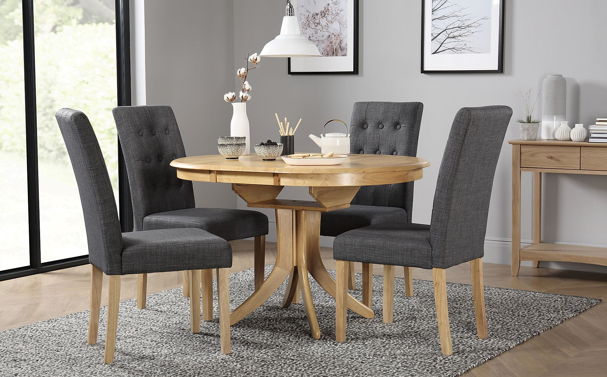 Hudson Round Oak Extending Dining Table with 6 Regent ...