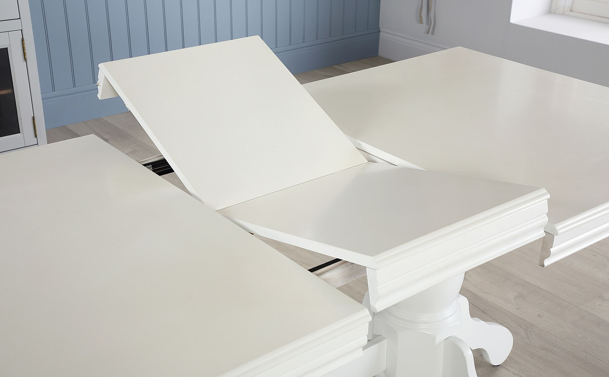Chatsworth White Extending Dining Table 150 180cm Only 349 99