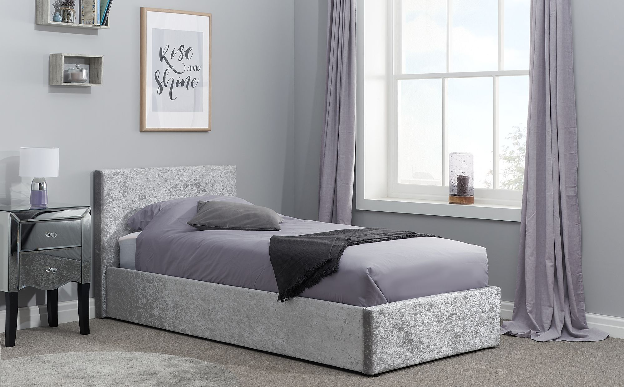 berlin silver crushed velvet ottoman single bed only 249. Black Bedroom Furniture Sets. Home Design Ideas