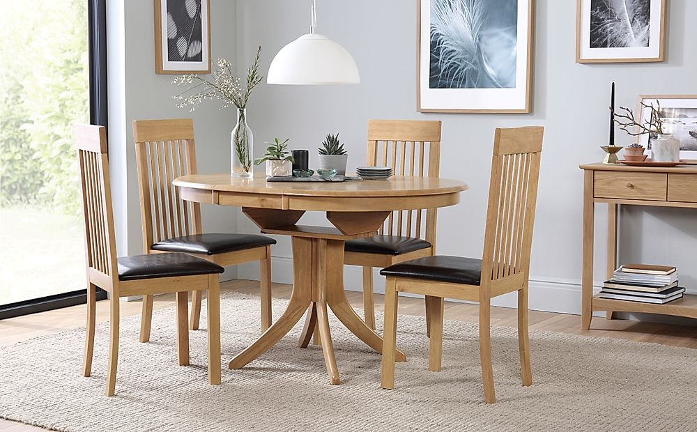 Hudson Round Oak Extending Dining Table with 6 Oxford Chairs (Brown Leather Seat Pads)