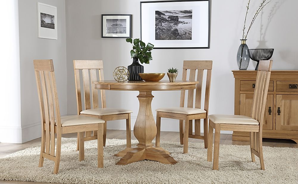 Cavendish Round Oak Dining Table with 4 Chester Chairs (Ivory Leather Seat Pads)