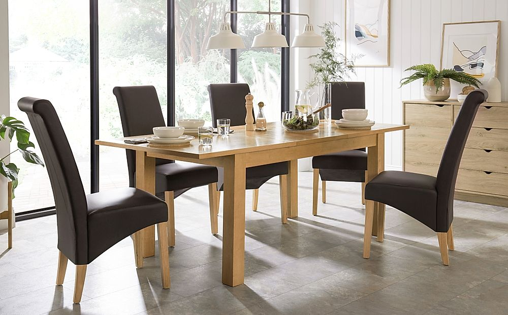 Hamilton 150-200cm Oak Extending Dining Table with 4 Richmond Brown Chairs