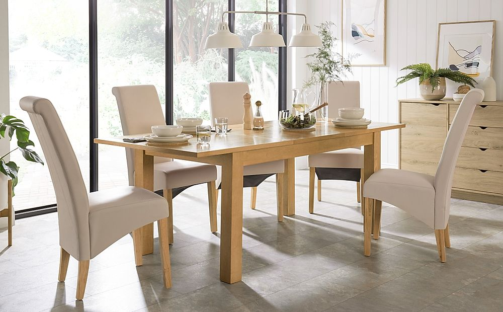 Hamilton 150-200cm Oak Extending Dining Table with 4 Richmond Cream Leather Chairs