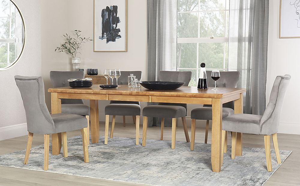 Highbury Oak Extending Dining Table with 4 Bewley Grey Velvet Chairs