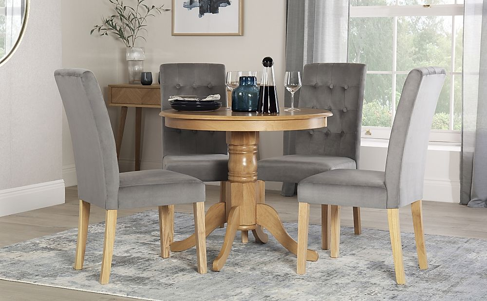 Kingston Round Oak Dining Table with 4 Regent Grey Velvet Chairs