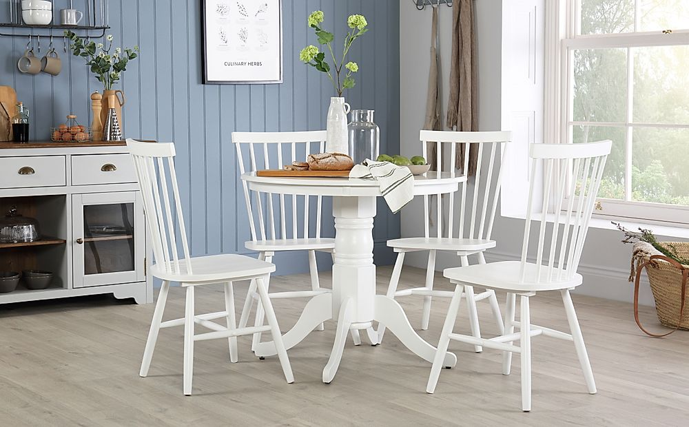Kingston Round White Dining Table with 4 Pendle Chairs