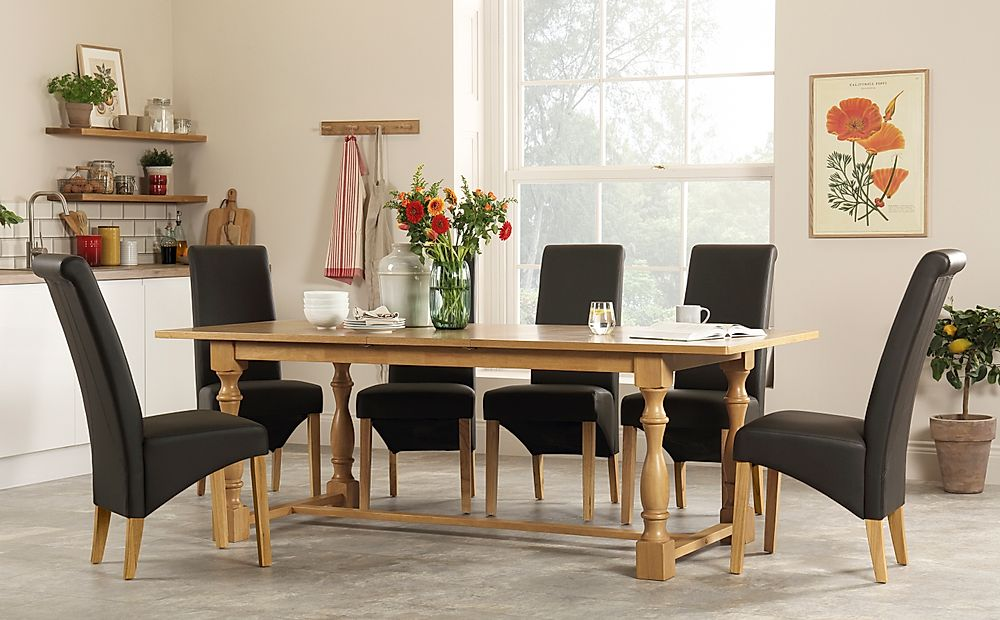 Devonshire Oak Extending Dining Table with 8 Richmond Brown Leather Chairs