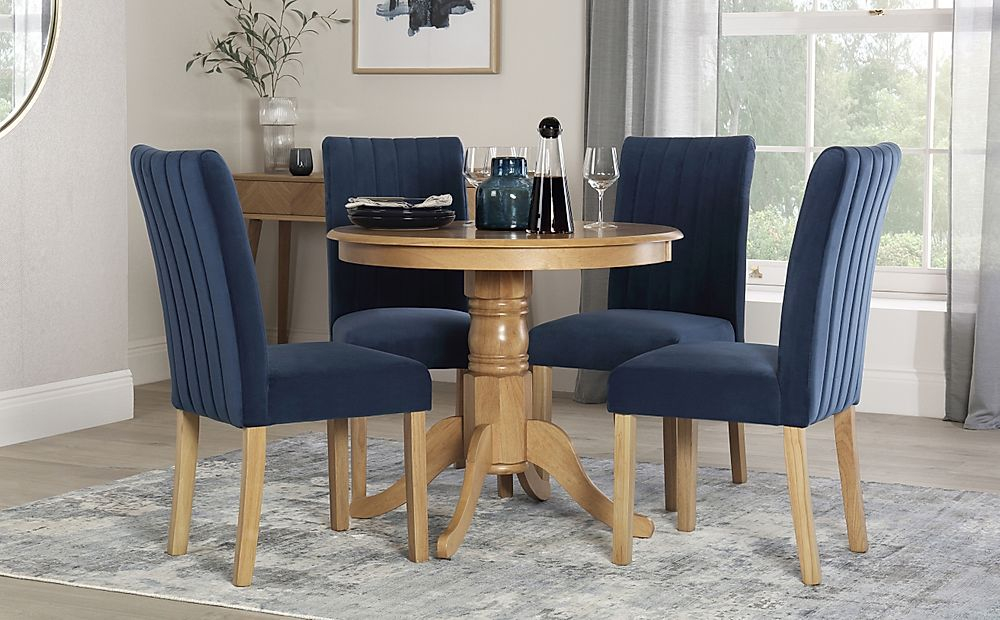 Kingston Round Oak Dining Table with 4 Salisbury Blue Velvet Chairs