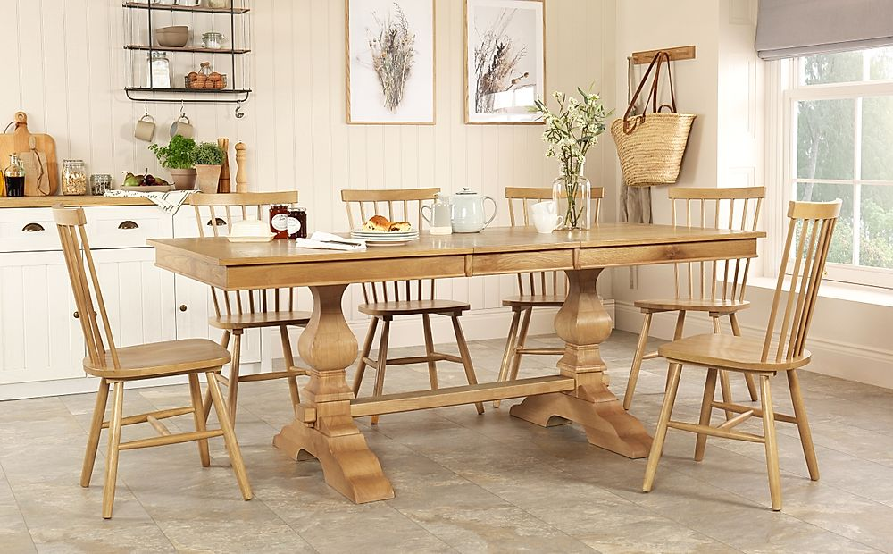 Cavendish Oak Extending Dining Table with 8 Pendle Chairs