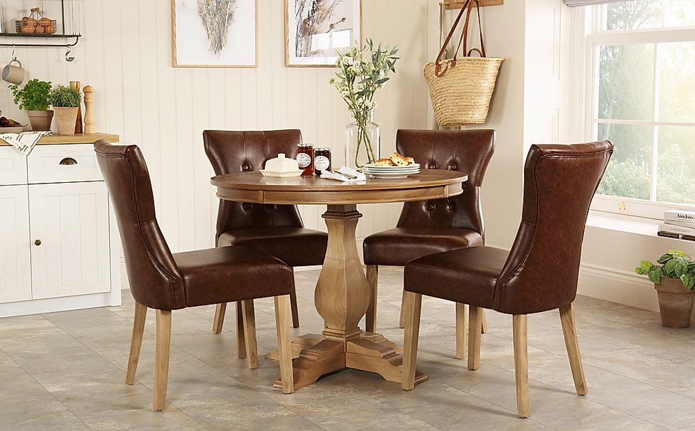 Cavendish Round Oak Dining Table with 4 Bewley Club Brown Leather Chairs