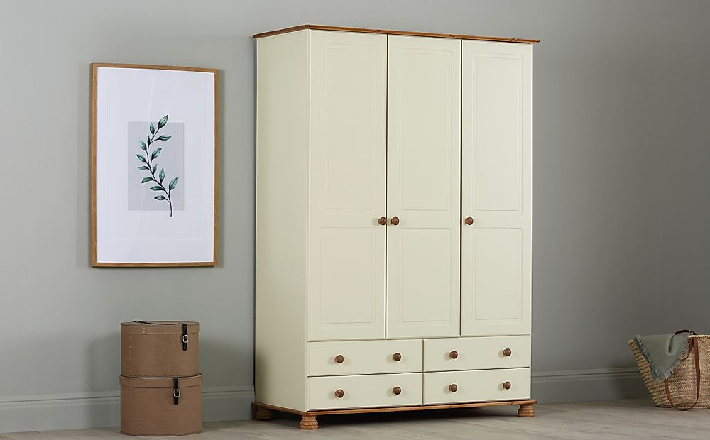 Evesham Cream and Pine 3 Door 4 Drawer Wardrobe
