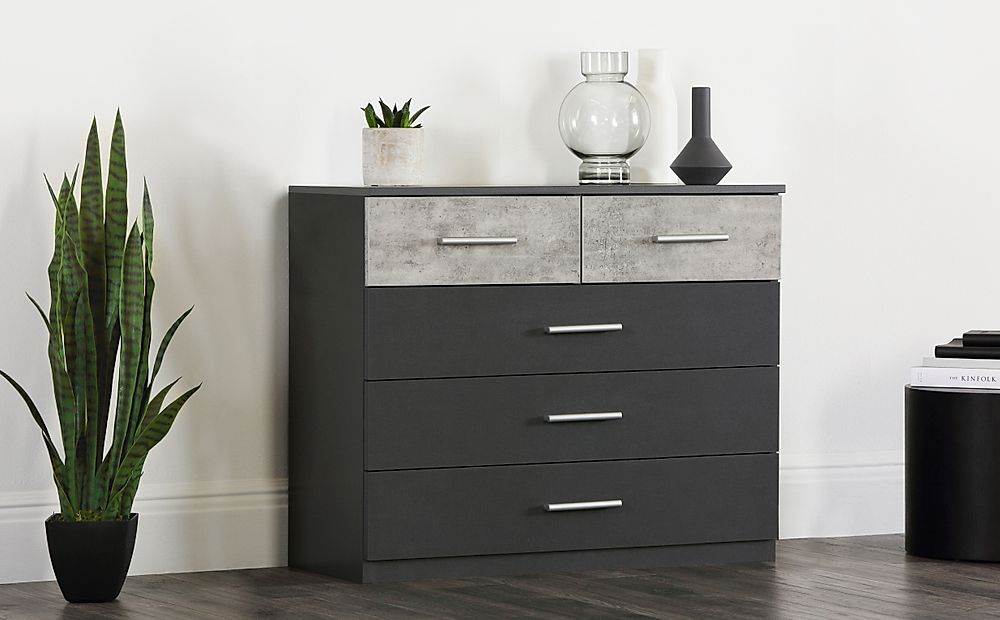 Rauch Lenny 5 Drawer Chest of Drawers