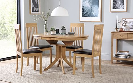 Hudson Round Oak Extending Dining Table with 4 Oxford Chairs (Brown Leather Seat Pads)