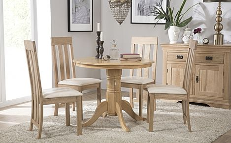 Kingston Round Oak Dining Table with 4 Chester Chairs (Ivory Leather Seat Pads)