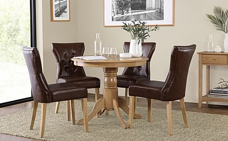 Kingston Round Oak Dining Table with 4 Bewley Club Brown Leather Chairs