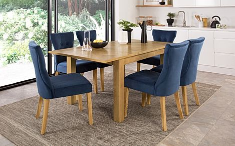 Madison 120-170cm Oak Extending Dining Table with 4 Bewley Blue Velvet Chairs