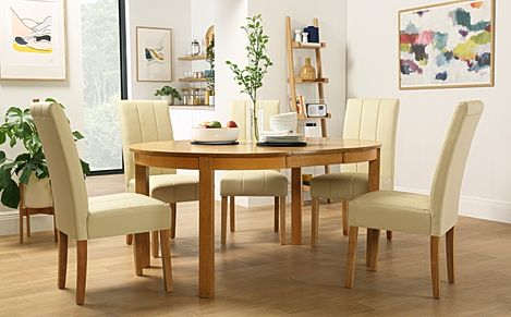 Marlborough Round Oak Extending Dining Table with 6 Carrick Ivory Chairs