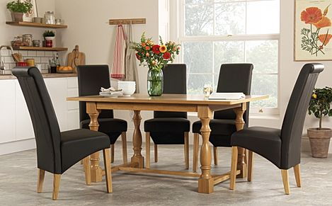 Devonshire Oak Dining Table with 4 Richmond Brown Chairs