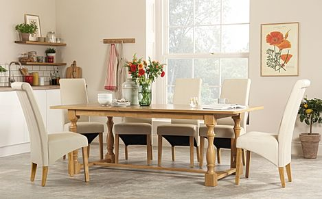 Devonshire Oak Extending Dining Table with 4 Richmond Cream Leather Chairs