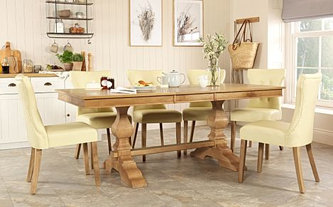 Cavendish Oak Extending Dining Table with 4 Bewley Ivory Chairs