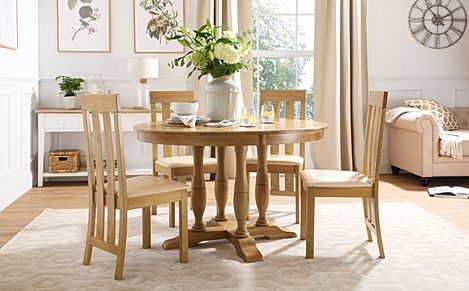 Highgrove Round Oak Wood Dining Table with 4 Chester Chairs (Ivory Leather Seat Pad)