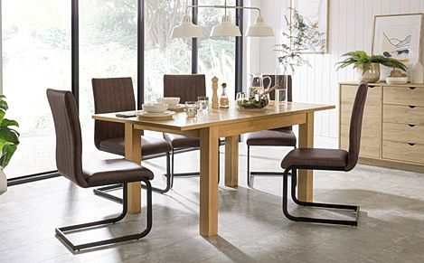 Hamilton 120-170cm Oak Extending Dining Table with 6 Perth Vintage Brown Leather Chairs