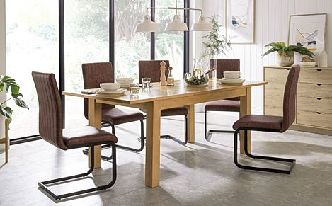 Hamilton 150-200cm Oak Extending Dining Table with 4 Perth Tan Leather Chairs