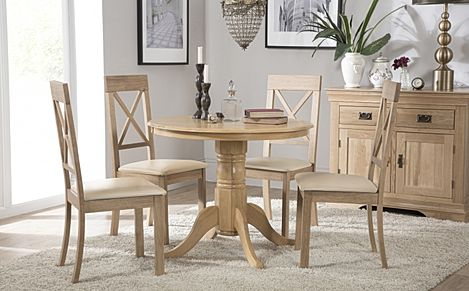 Kingston Round Oak Dining Table with 4 Kendal Chairs (Ivory Leather Seat Pads)
