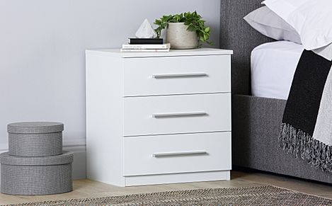 Rauch Vereno White 3 Drawer Bedside Table