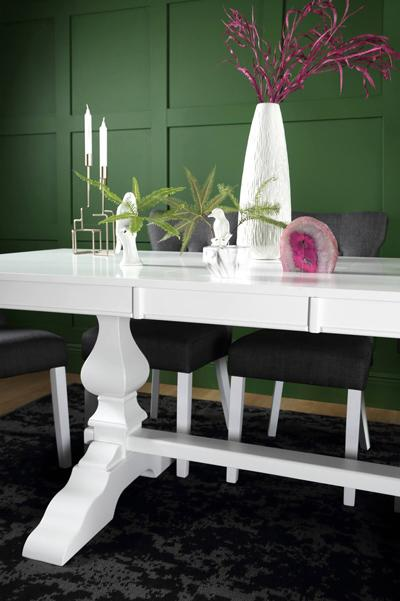 Cavendish white table Bewley chair
