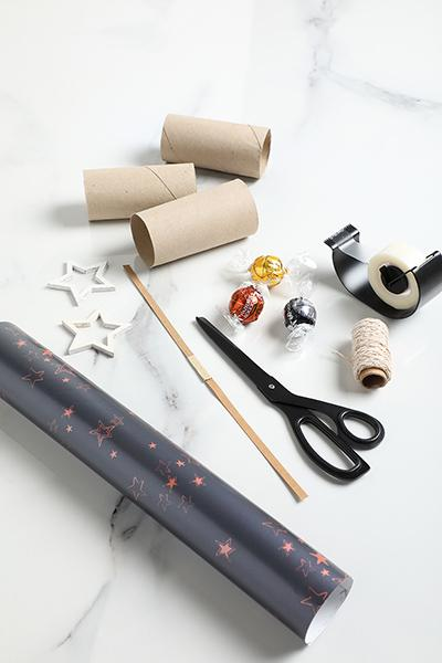 DIY christmas cracker materials step 1