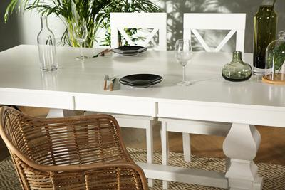 Cavendish white table Kendal chairs