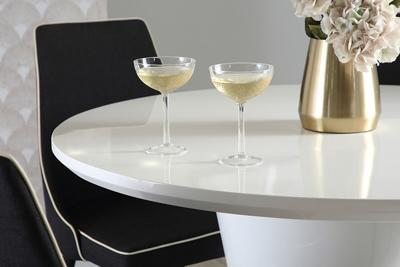 Paris table Modena chairs