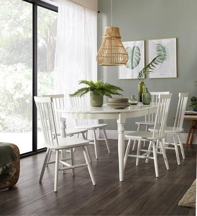 Albany table pendle chairs lifestyle