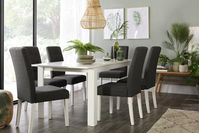 Aspen table regent chairs lifestyle