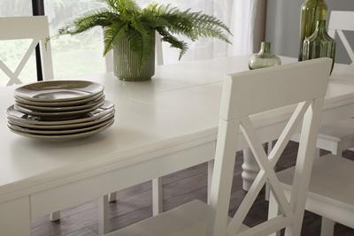 Hampshire table kendal chairs lifestyle