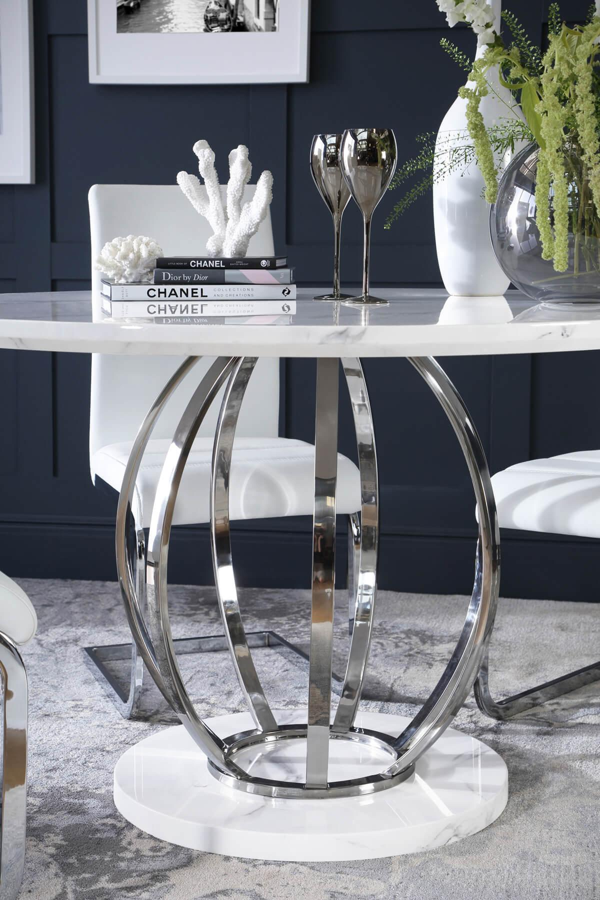Savoy table Perth chair