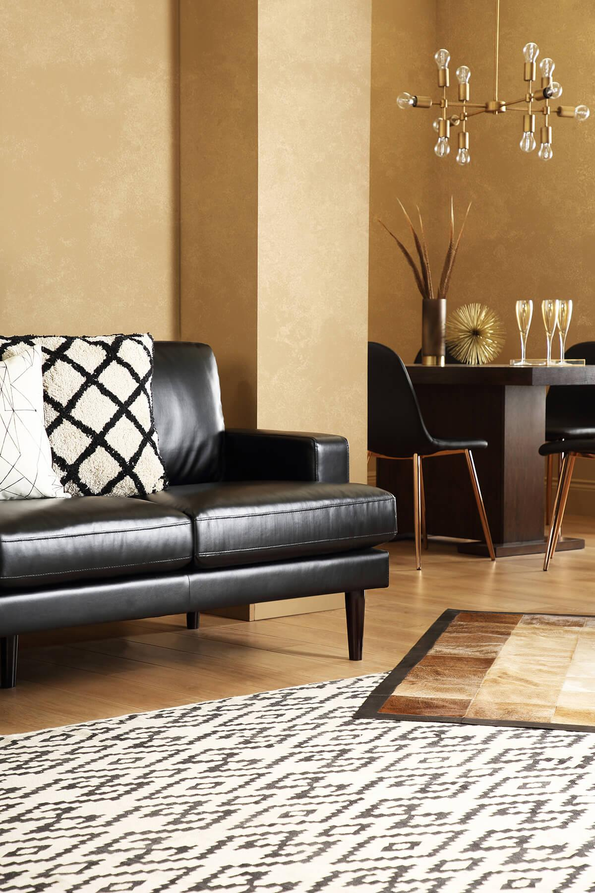 Finsbury 2-seater black leather sofa