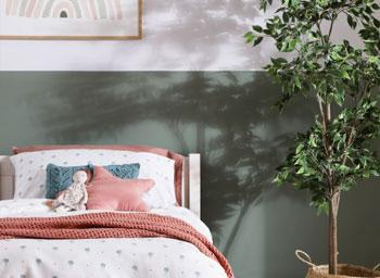 4 Creative Ways to Decorate Your Walls at Home in 2020