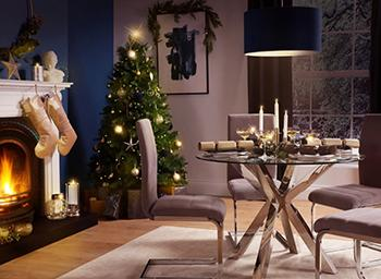 How to Have a Chic Blue Christmas at Home