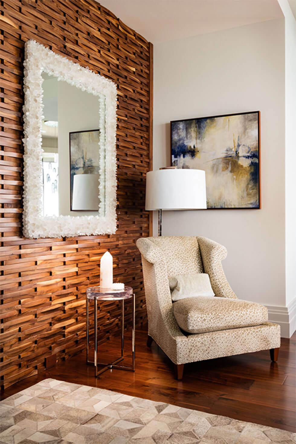 Living room with wooden tiled wall