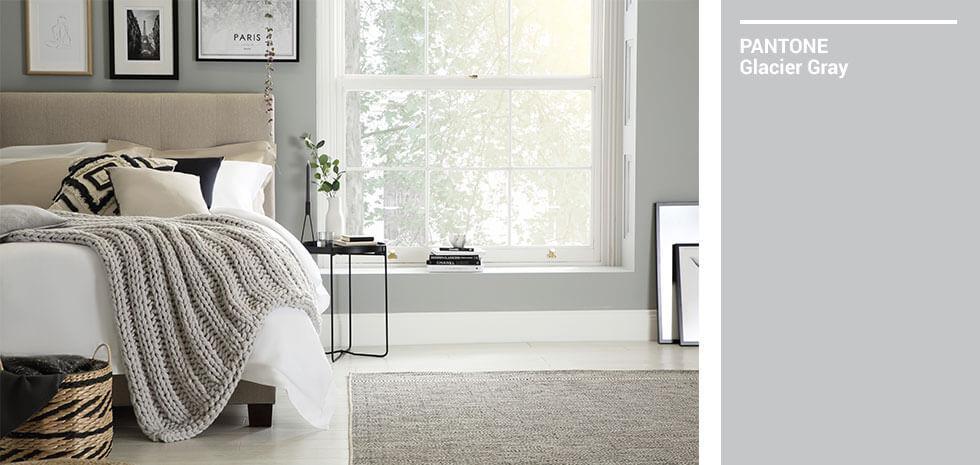 Calm, grey bedroom.