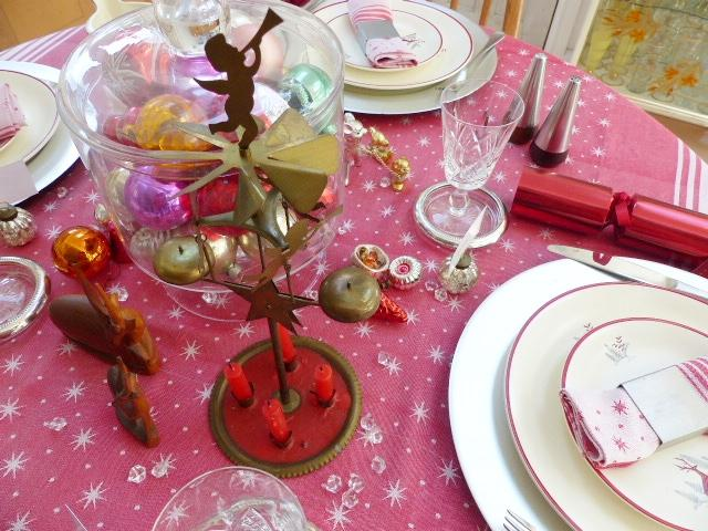 Festive dining setting, with pink table cloth.