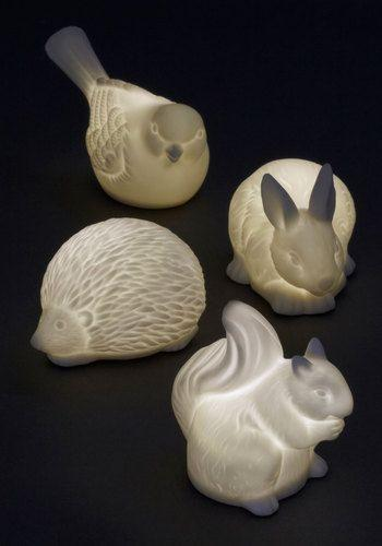Ceramic animal-shaped oil diffusers