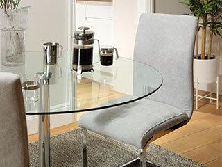 How to Clean Your Glass Dining Table