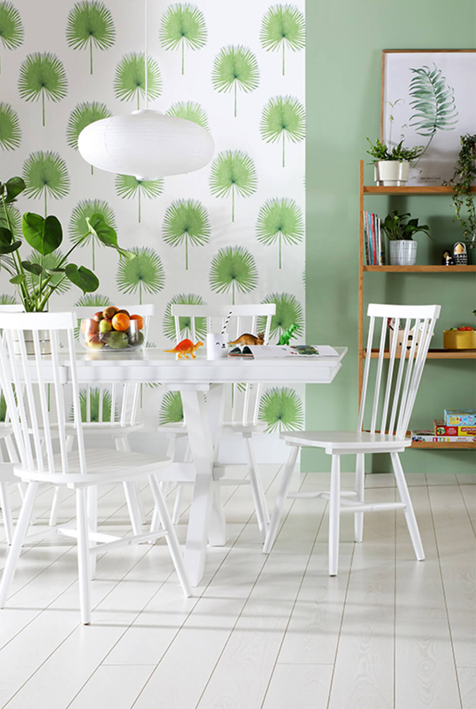 Tropical dining room with white dining set