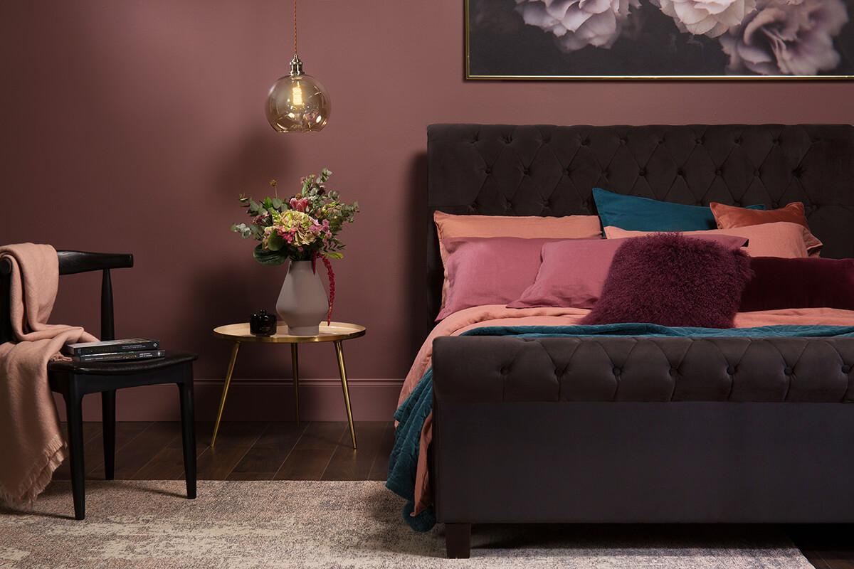 Orbit Black Velvet Bed - Double