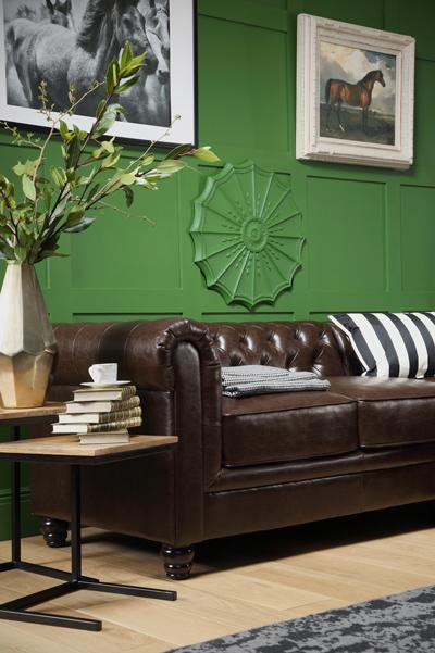 Hampton Antique Chestnut Leather Chesterfield Sofa - 3 Seater