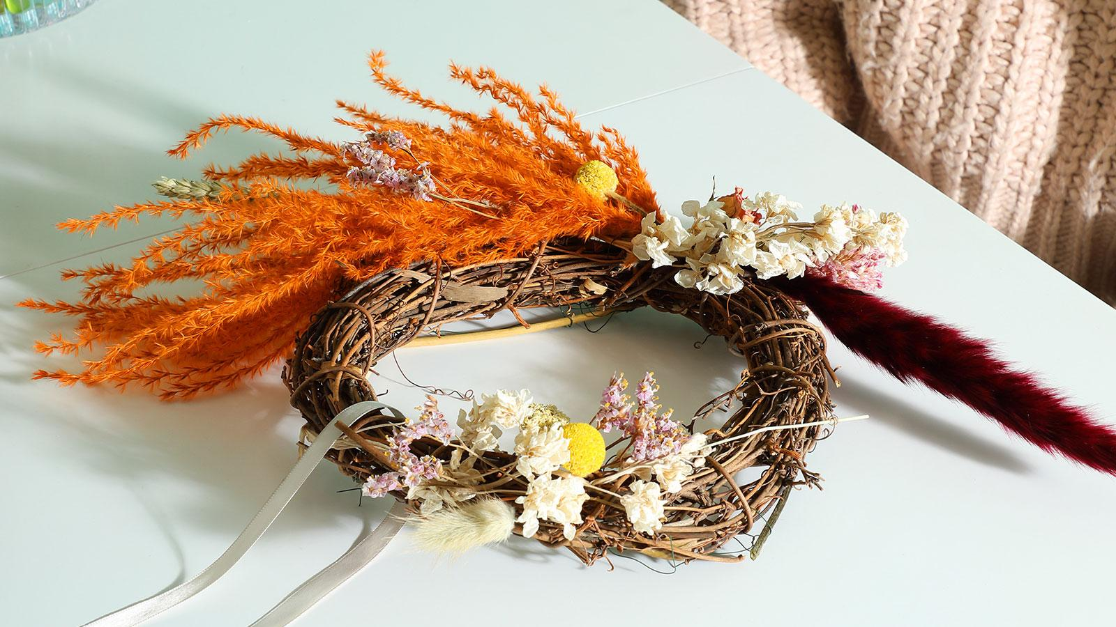 DIY: A vibrant, seasonal Easter floral hoop